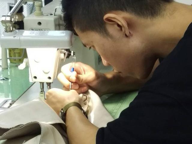 男學員服裝設計--打版縫紉過程
